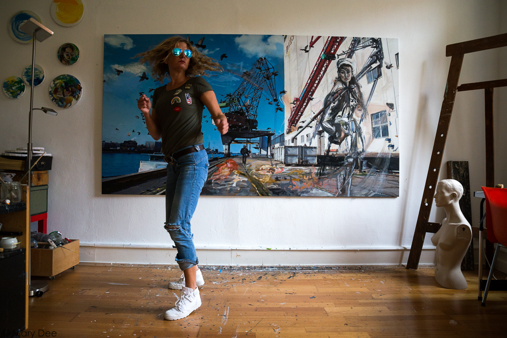 contemporary art; mary dee; artist; contemporary painting; contemporary photography; zeitgenössische Kunst; zeitgenössische Malerei; zeitgenössische Fotografie; studio view; artist
